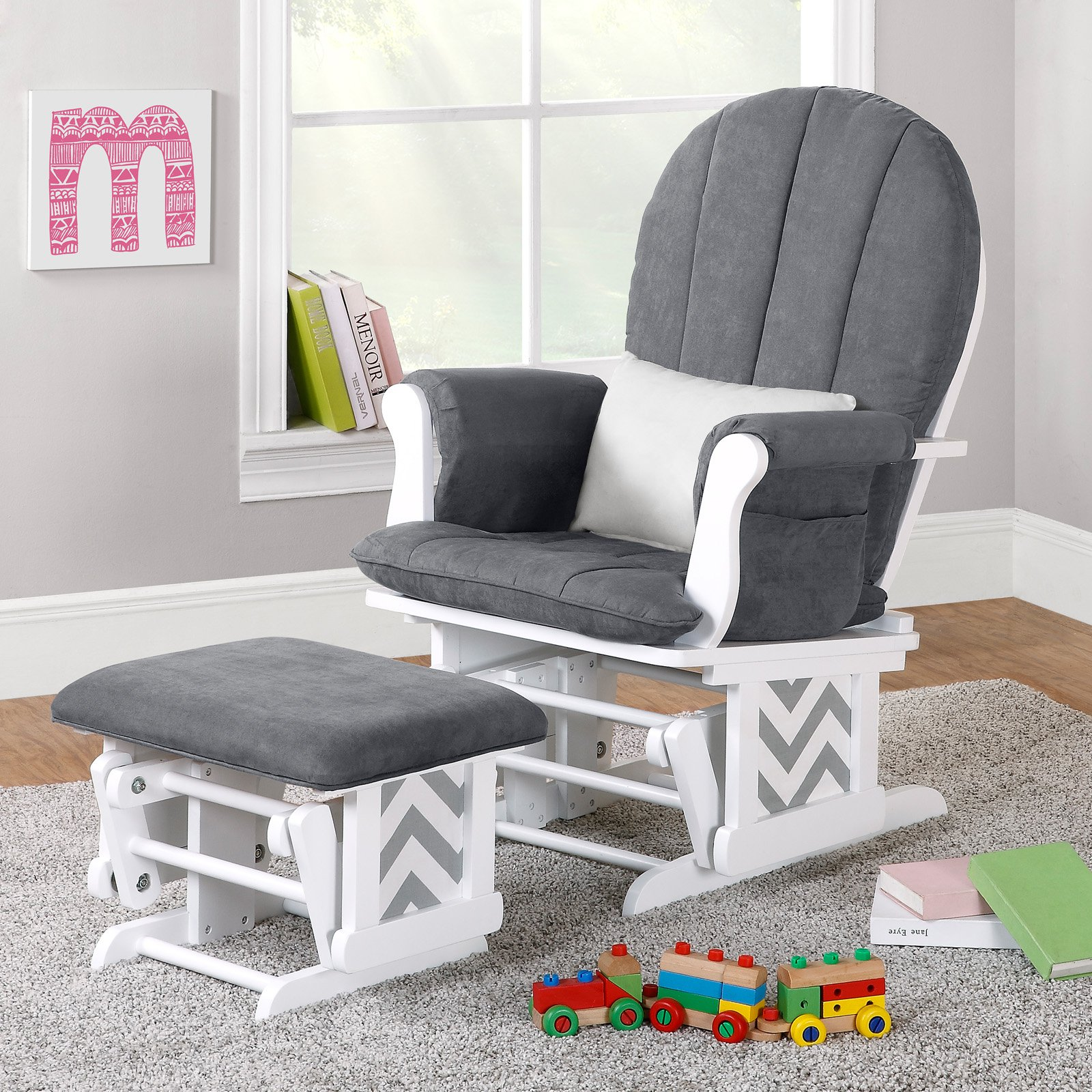 Nursery-room-rocking-chair