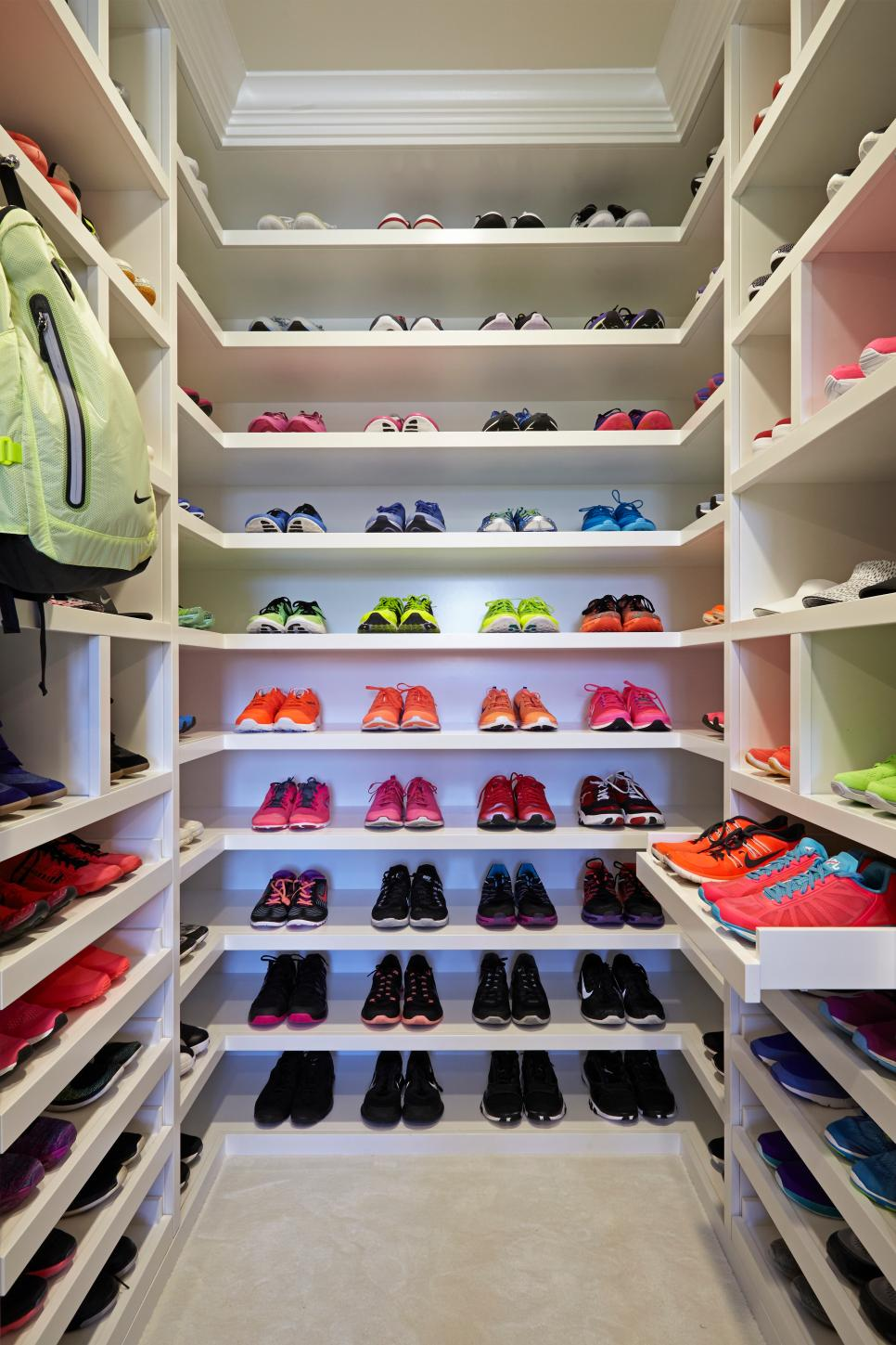 Walk-in closet for shoes