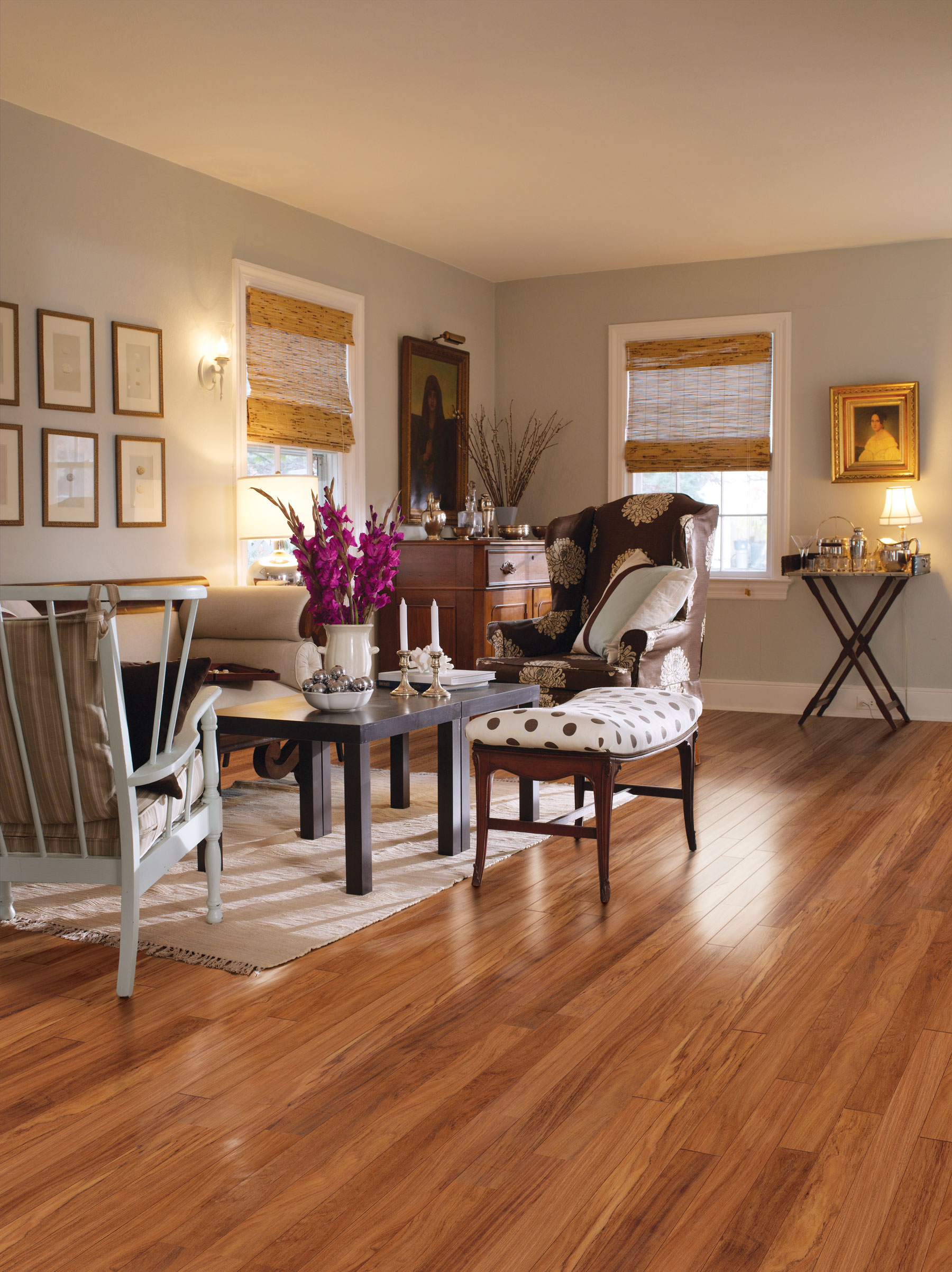 Hardwood floor vs Laminate – Which one is the winner