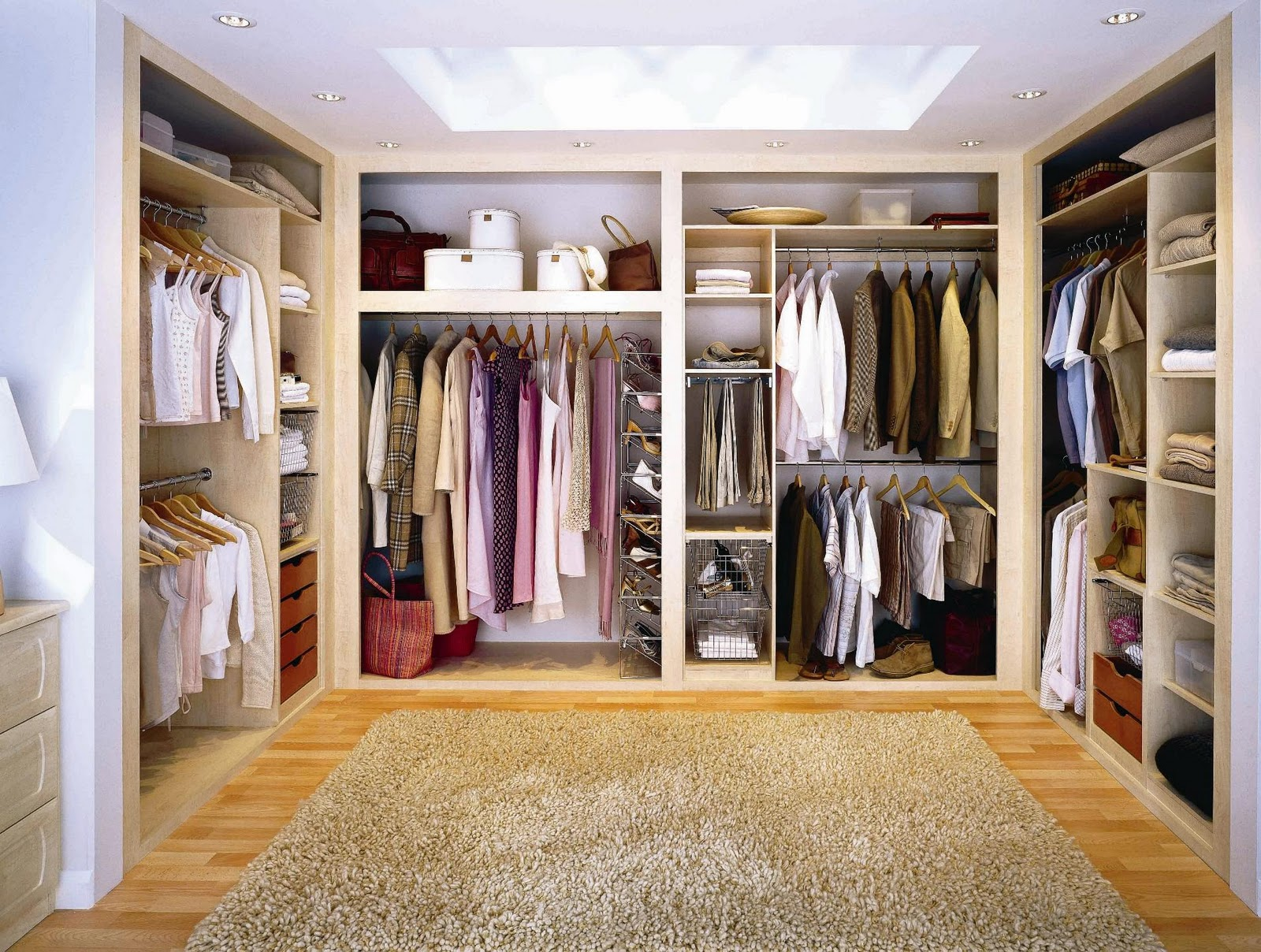 Walk in closet in all its glory interior design paradise - Pictures of walk in closets ...