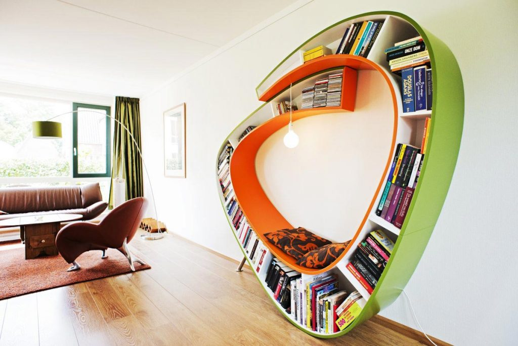Awesome Bookworm Bookshelves