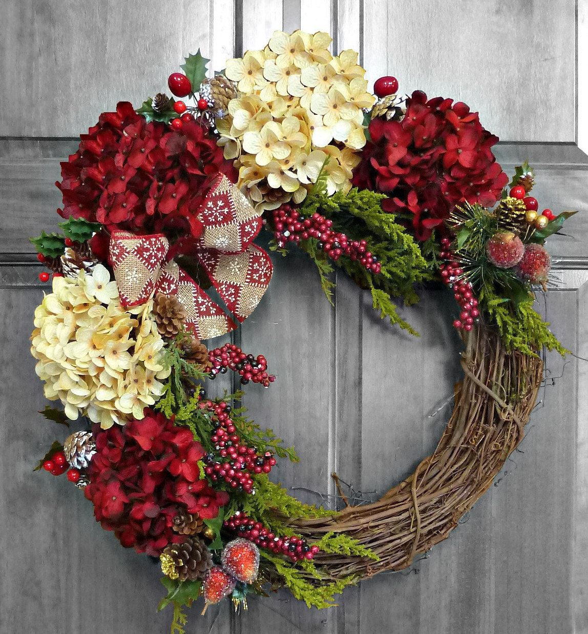 Nine Ideas How To Welcome The Christmas Spirit