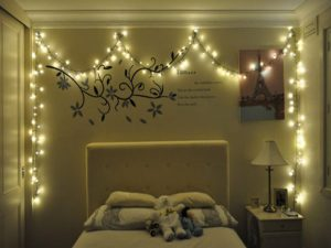 christmas-lights-in-bedroom
