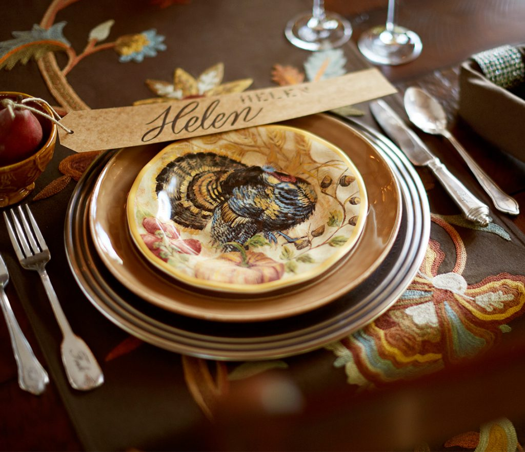 Lovely thanksgiving plates