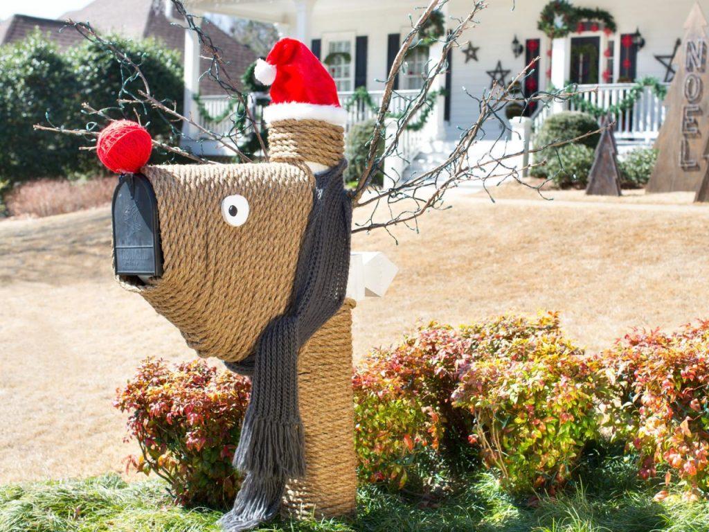 Amazing Reindeer Mailbox