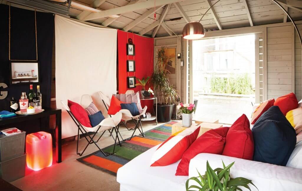Red details in transformed garage