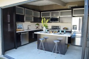 Stainess steel in remodeled garage