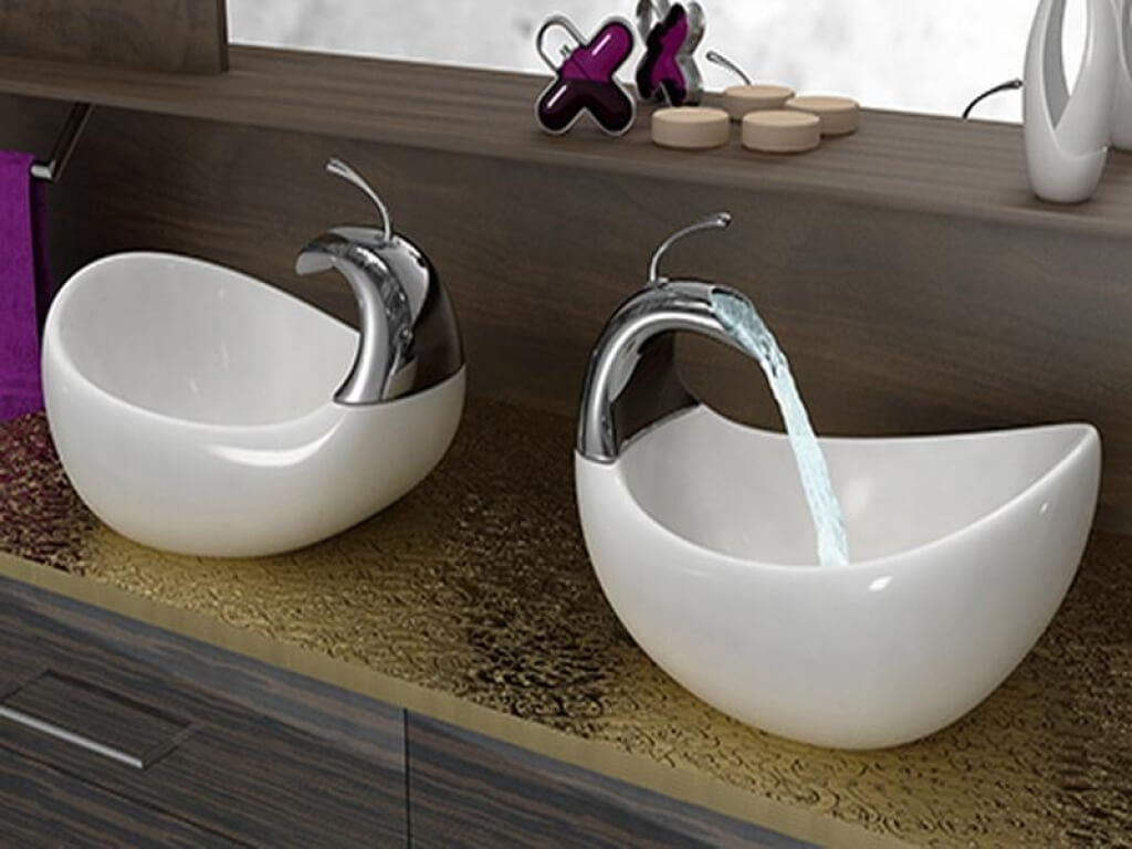 Extraordinary bathroom sinks you have never seen before for Vessel sink bathroom ideas