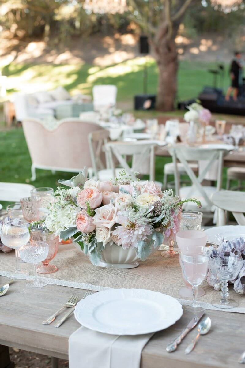 Shabby and chic table flowers