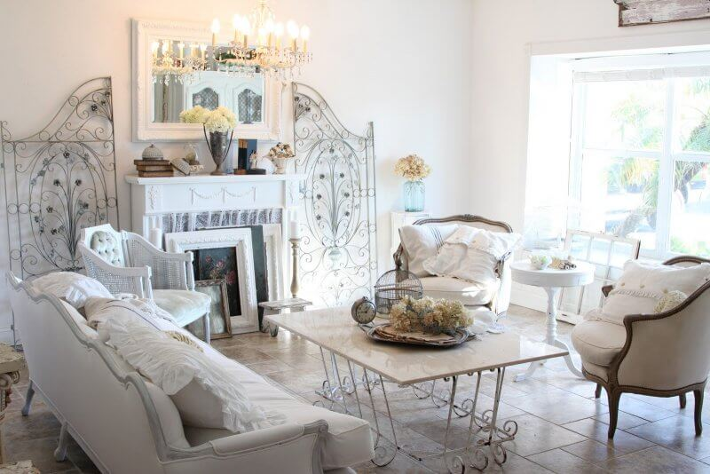 Shabby chic living room