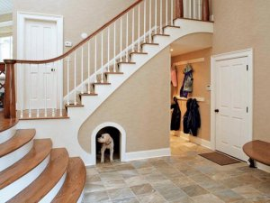 Space for pets under stairs