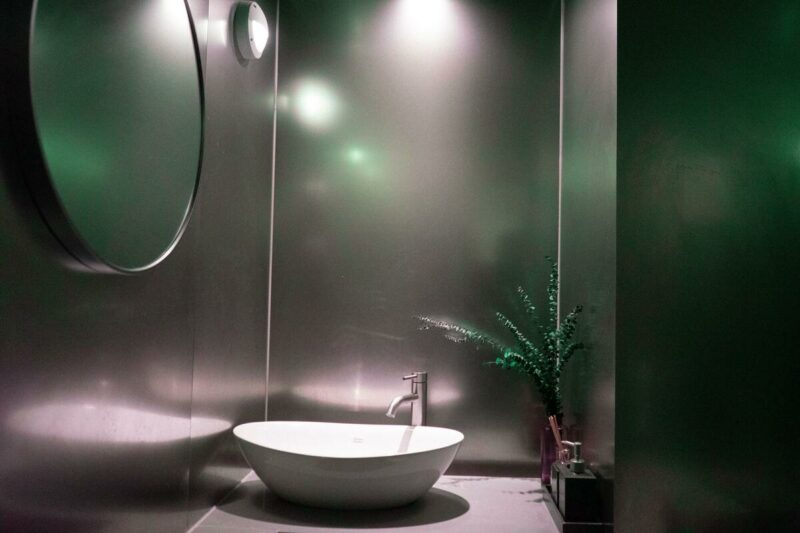Asian style decorated bathroom