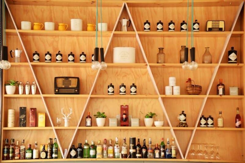 Geometrical shelving system