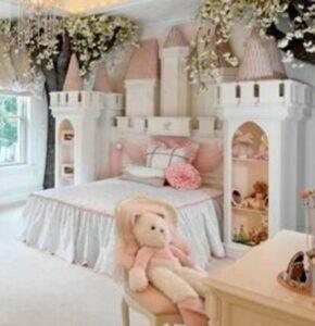 Castle-bedroom